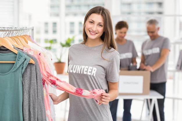 Resultado de imagen para mujer voluntaria