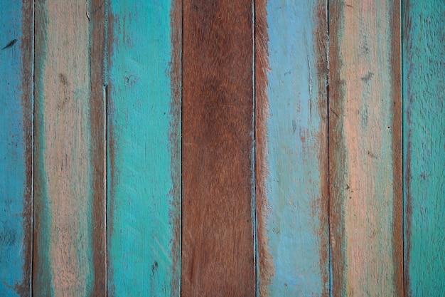 Tablas de madera de colores pero con la pintura estropeada - Pintura para madera colores ...