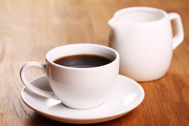 Taza de café caliente Foto gratis