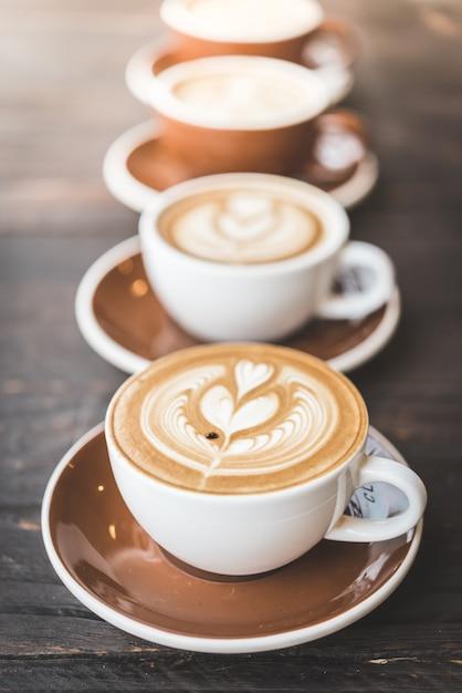 Taza de café con leche Foto gratis