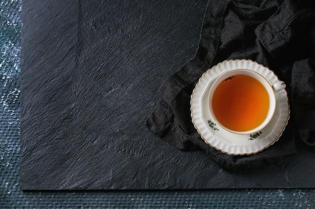 Taza de té de la vendimia Foto Premium