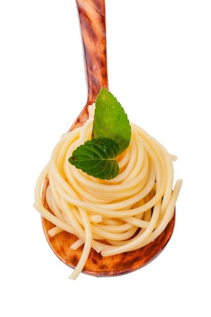 Tazón de espagueti aislado Foto Premium