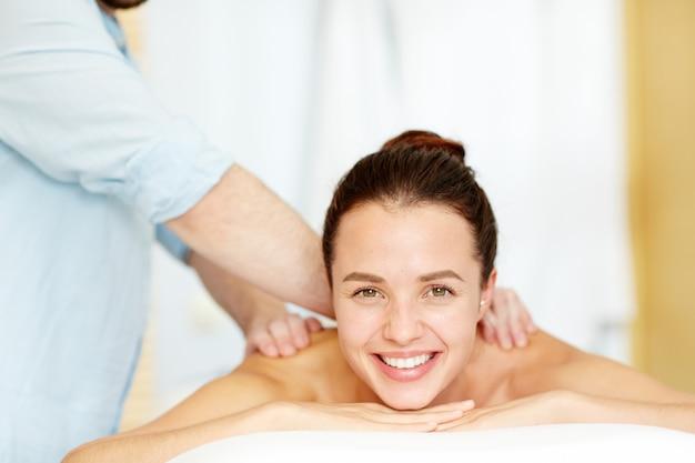Terapia manual Foto gratis