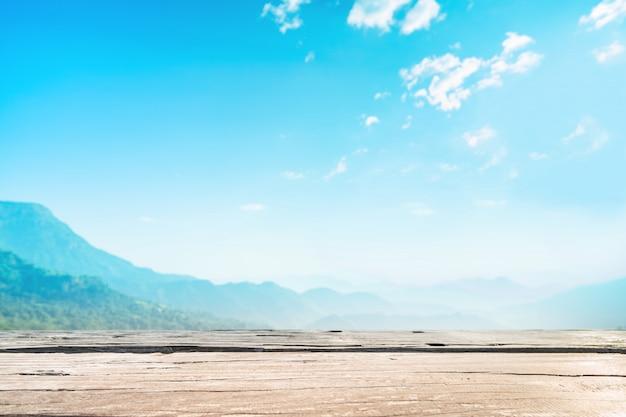 Terraza De Madera Que Se Utiliza Como Primer Plano