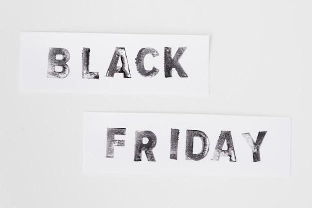 Texto de viernes negro sobre fondo blanco Foto gratis
