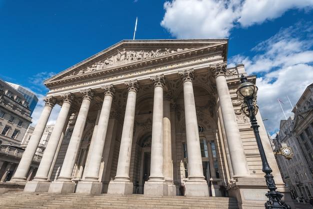 The royal stock exchange, londres, inglaterra, reino unido. Foto Premium