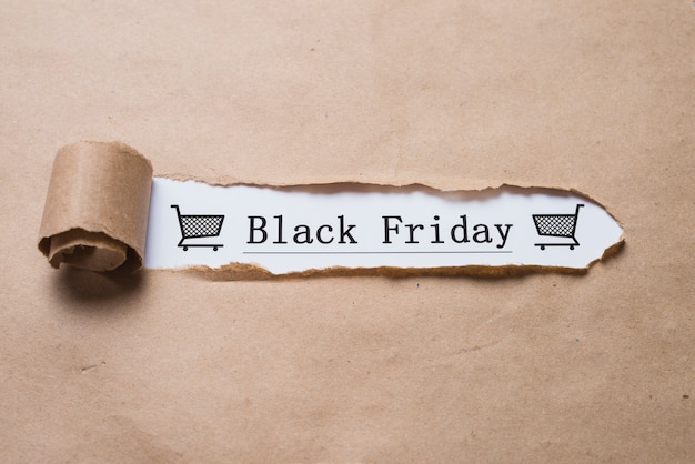 Título del viernes negro y hoja de manualidades. Foto gratis