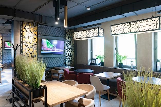 Toma interior del restaurante moderno Foto Premium