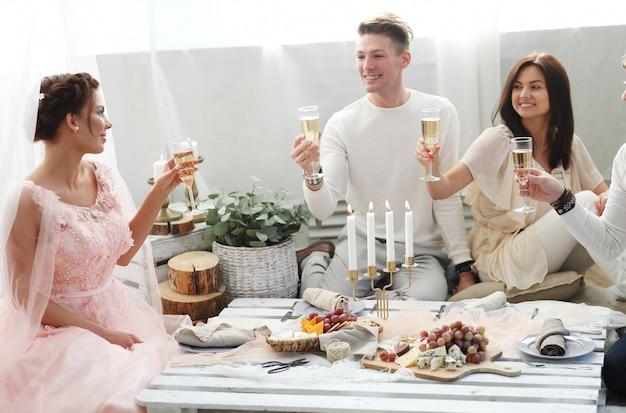 Tostadas de champán Foto gratis