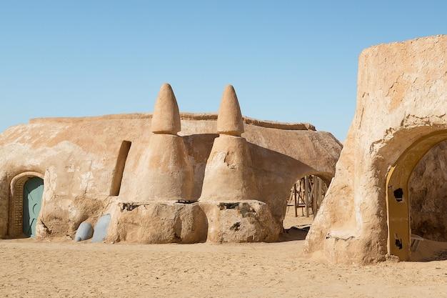 Tozeur, tunez. escenario de la película de star wars. Foto Premium