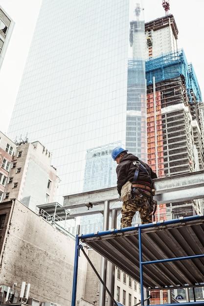 Trabajador de la construcción en el bajo manhattan Foto Premium