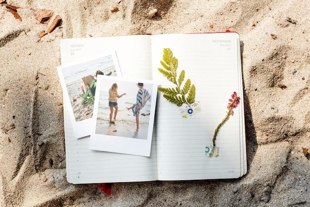 Travel diary memories pictures concept Foto gratis