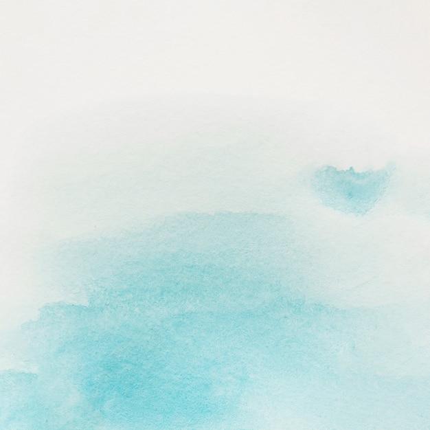 Trazo de pincel azul sobre fondo blanco Foto gratis