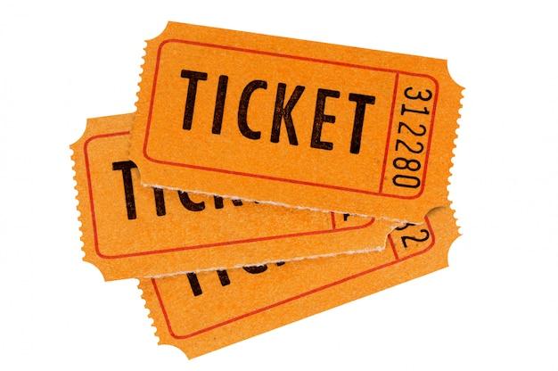 Tres boletos anaranjados aislados en blanco. Foto gratis