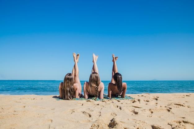 Fotos chicas desnudas en la playa gratis photo 90