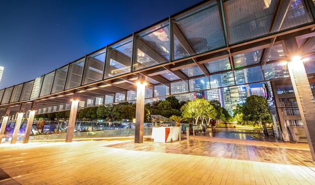 Urban nightscape arquitectura moderna Foto Premium
