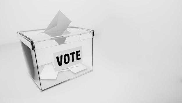 Urnas para votar en las elecciones Foto Premium