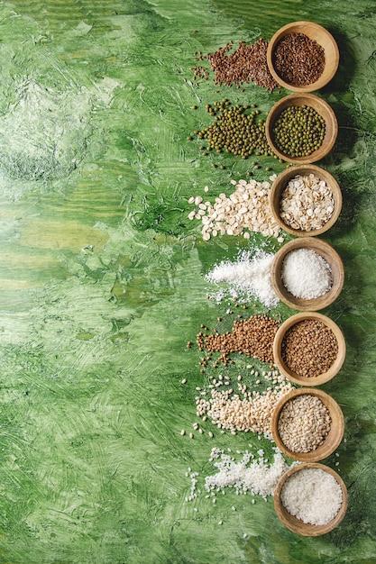 Variedad de granos Foto Premium