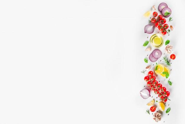 Verduras y hierbas para cocinar, vista superior Foto Premium