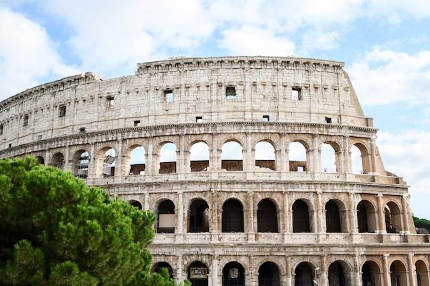 Vista del coliseo, exterior. italia, roma Foto Premium