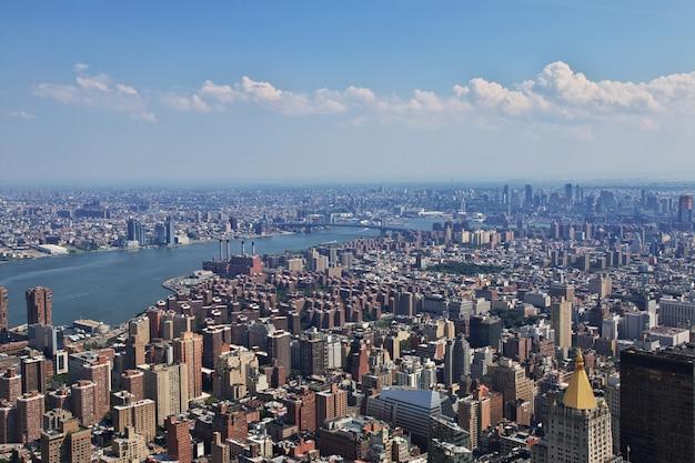 La vista desde el empire state building en nueva york, estados unidos Foto Premium
