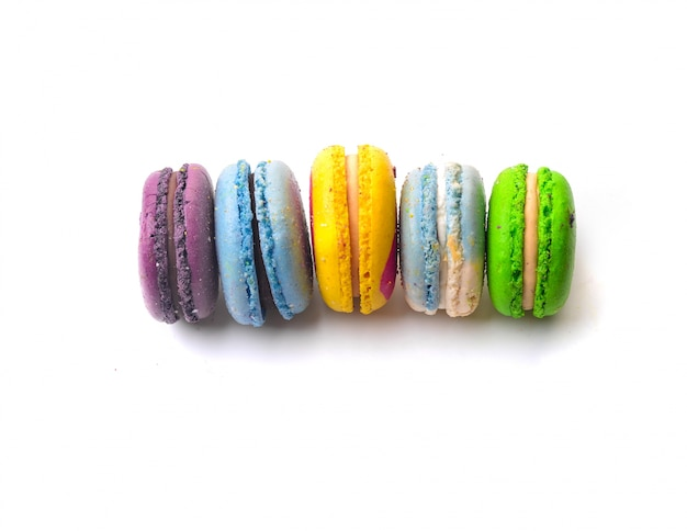 Vista de macarons a color Foto gratis