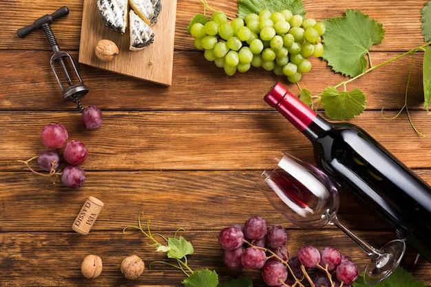 Vista superior del concepto de vino tinto. Foto gratis