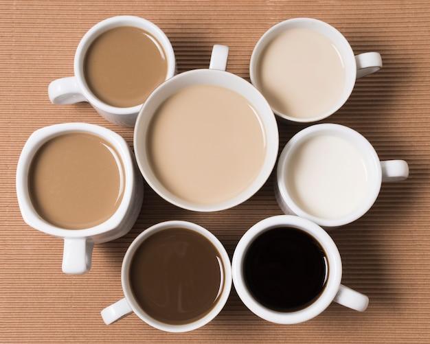 Vista superior de los deliciosos tipos de café. Foto gratis