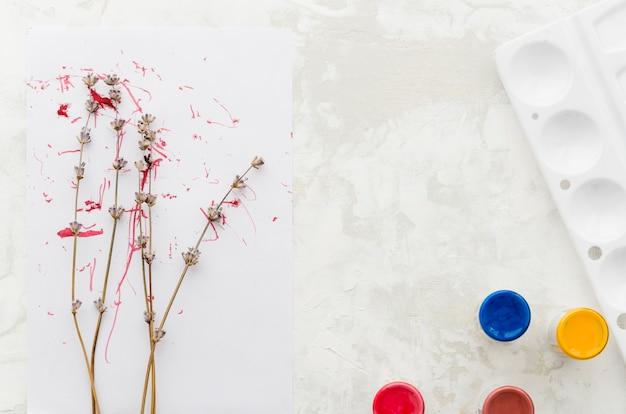Vista superior dibujo de acuarela de árbol floral Foto gratis
