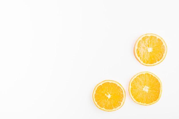 Vista superior esquina de limones Foto gratis