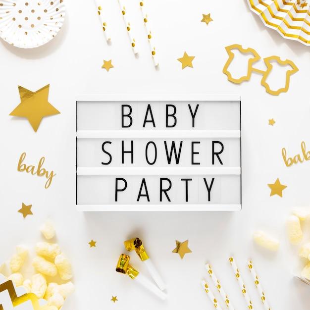 Vista superior del hermoso concepto de baby shower Foto Premium