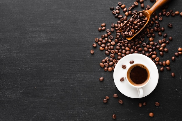 Vista superior taza de café con espacio de copia Foto Premium