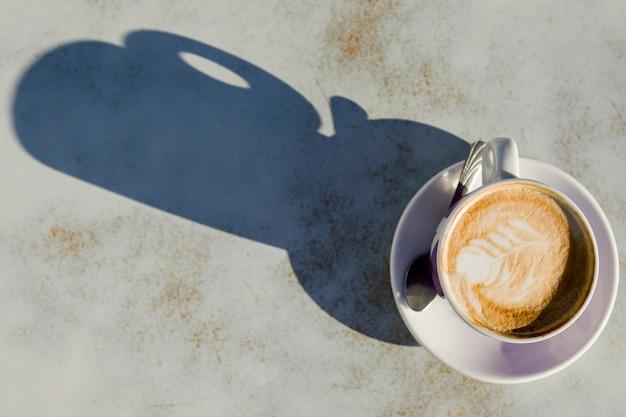 Vista superior de una taza de café Foto gratis