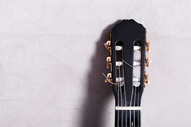 Vista suprior de una guitara Foto gratis