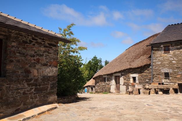 Abitazione spagnola di nord-ovest tradizionale di palloza Foto Premium
