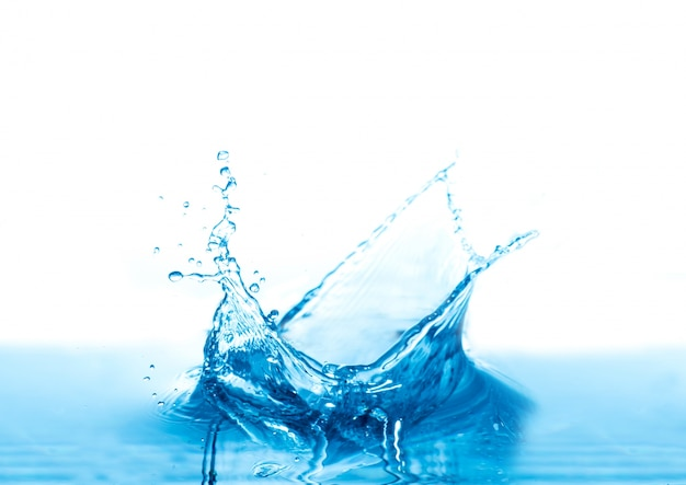 Acqua splash isolato su sfondo bianco Foto Gratuite