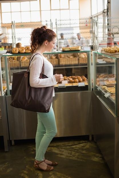 Acquisto abbastanza castana per pane Foto Premium