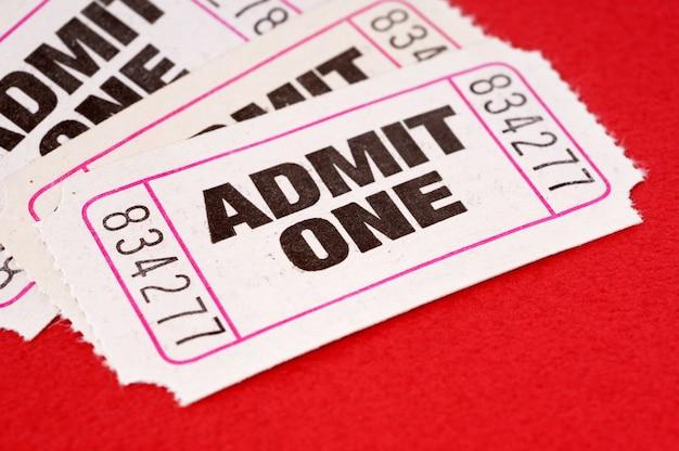 Ammettere un biglietto Foto Premium