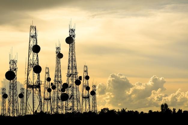 Antenna del telefono silhouette Foto Premium