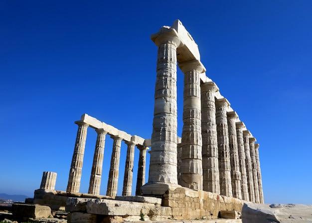 Antico tempio di poseidone a capo sunio in attica grecia Foto Premium