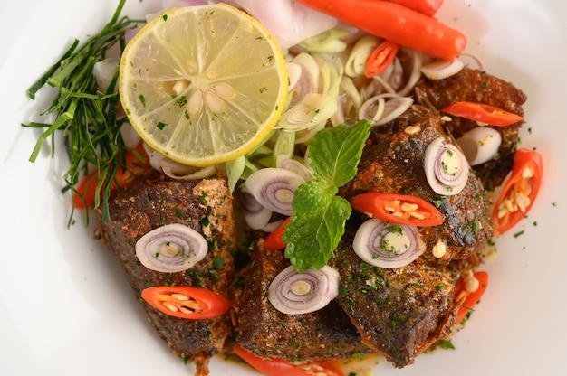 Antipasti con sardina piccante Foto Gratuite