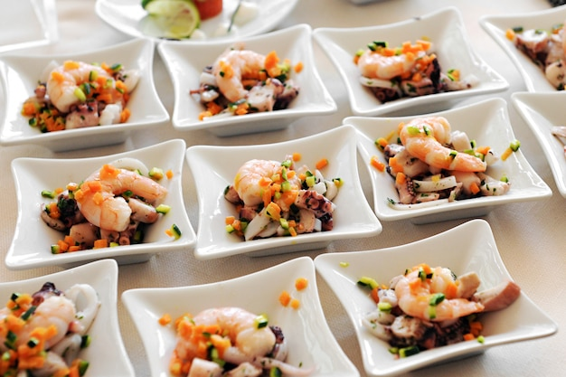 Antipasti di pesce individuali Foto Premium