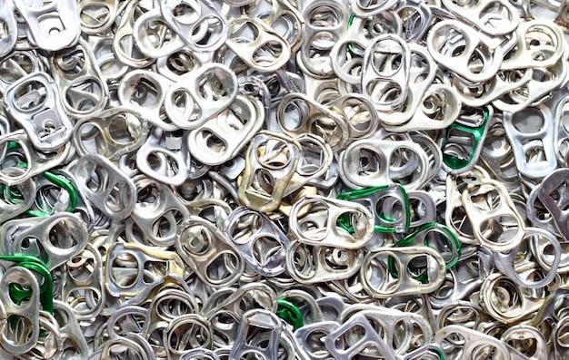 Apriscatole anello pull di pop top in alluminio Foto Premium