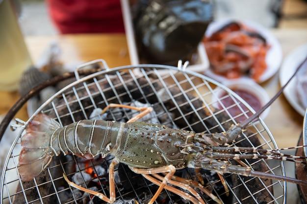 Aragosta alla griglia pesce. Foto Premium