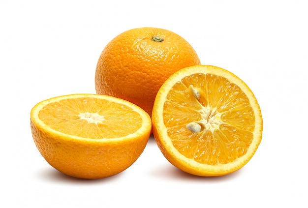 Arance su bianco Foto Premium