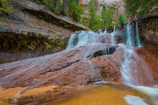 Archangel falls, zion national park, utah Foto Premium