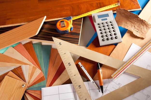 Architetto interno er workplace carpentiere Foto Premium
