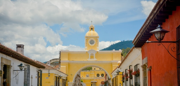 Arco di santa catalina antigua guatemala. Foto Premium