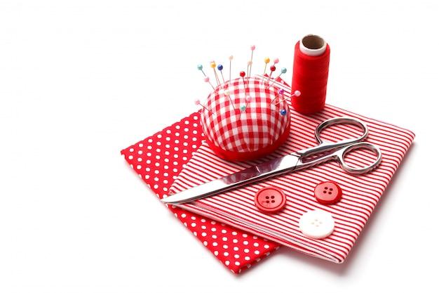Articoli da cucire rossi Foto Premium