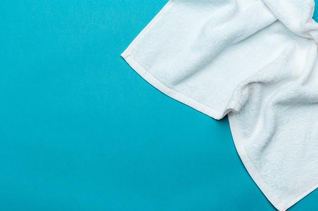 Asciugamani spa, vista dall'alto con copyspace Foto Premium